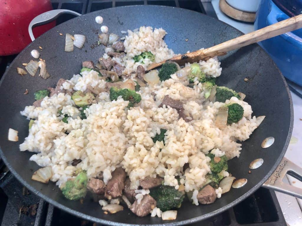 Beef and broccoli with brown rice