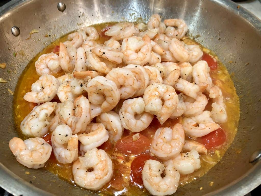 Shrimp and tomatoes cooking