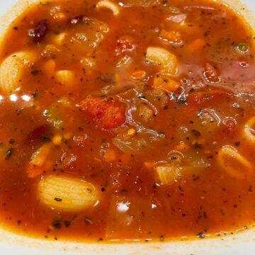 Minestrone soup closeup